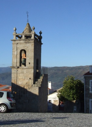 Bell tower in Belmonte with the Serra de Estrela behind