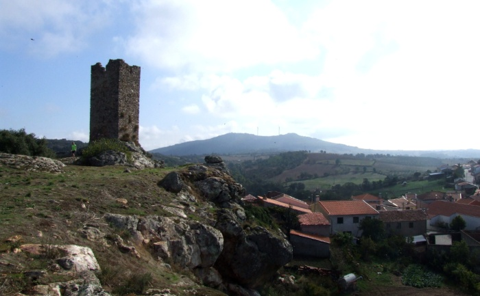 Ruined castle at Penas Roias near Mogadouro