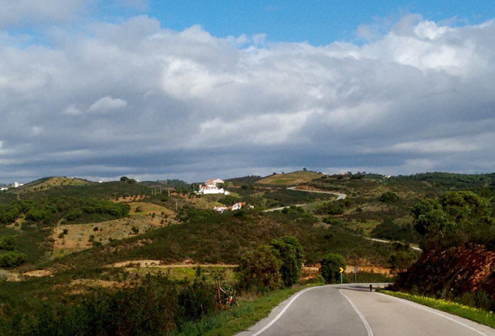 Heading up into the hills to the north-east of Tavira